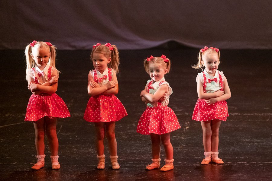 Small_Feetbeats_Dance_Academy_Show_Young_Images_DSC1145