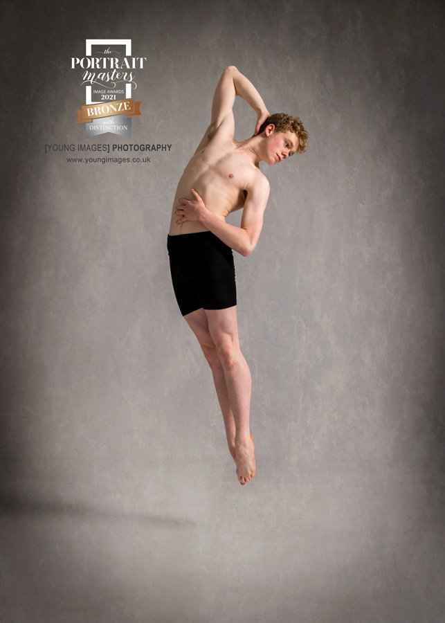 Young_Images_Photography_Ross_15_2_21_Bronze_Distinction