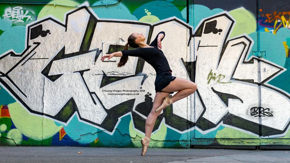 Young_Images_Photogrpahy_Grafiti_Ballet_dancer